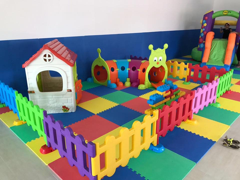 Area baby mt: 3x3 con staccionate in plastica